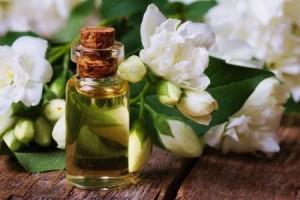 Olio essenziale di Gelsomino Officinalis